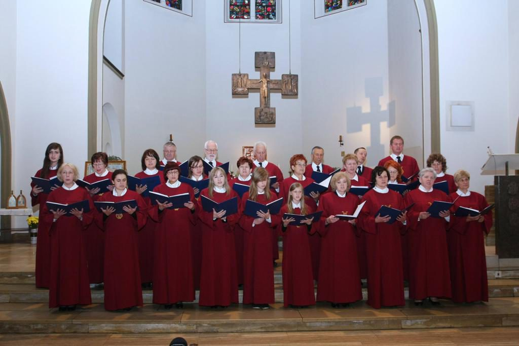 Parafia Najświętszej Maryi Panny Saletyńskiej w Ostrowcu Świętokrzyskim na Piaskach 10