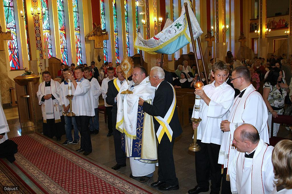 Parafia Najświętszej Maryi Panny Saletyńskiej w Ostrowcu Świętokrzyskim na Piaskach 16