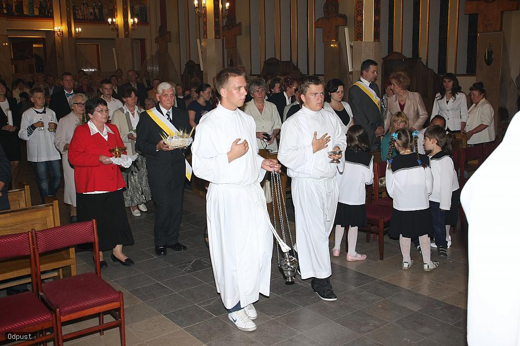 Parafia Najświętszej Maryi Panny Saletyńskiej w Ostrowcu Świętokrzyskim na Piaskach 19