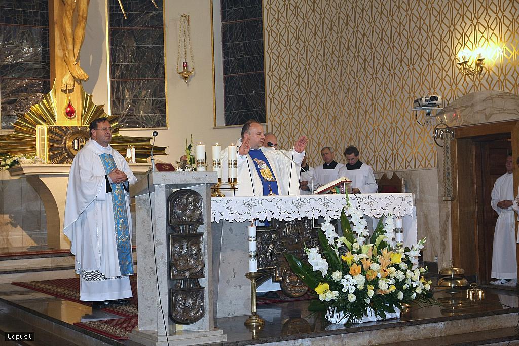 Parafia Najświętszej Maryi Panny Saletyńskiej w Ostrowcu Świętokrzyskim na Piaskach