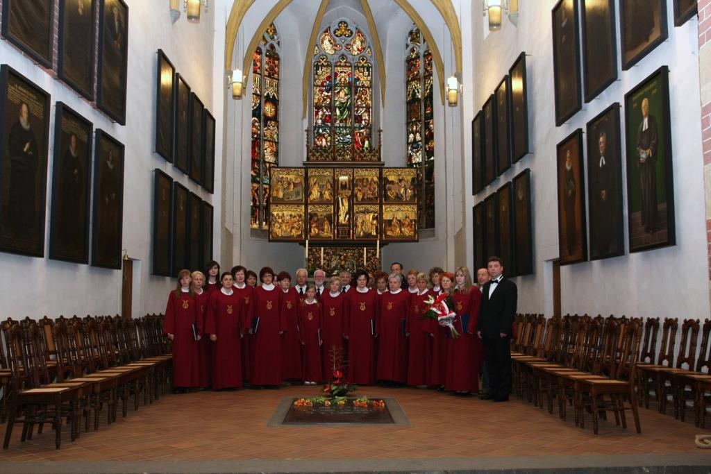 Parafia Najświętszej Maryi Panny Saletyńskiej w Ostrowcu Świętokrzyskim na Piaskach 15