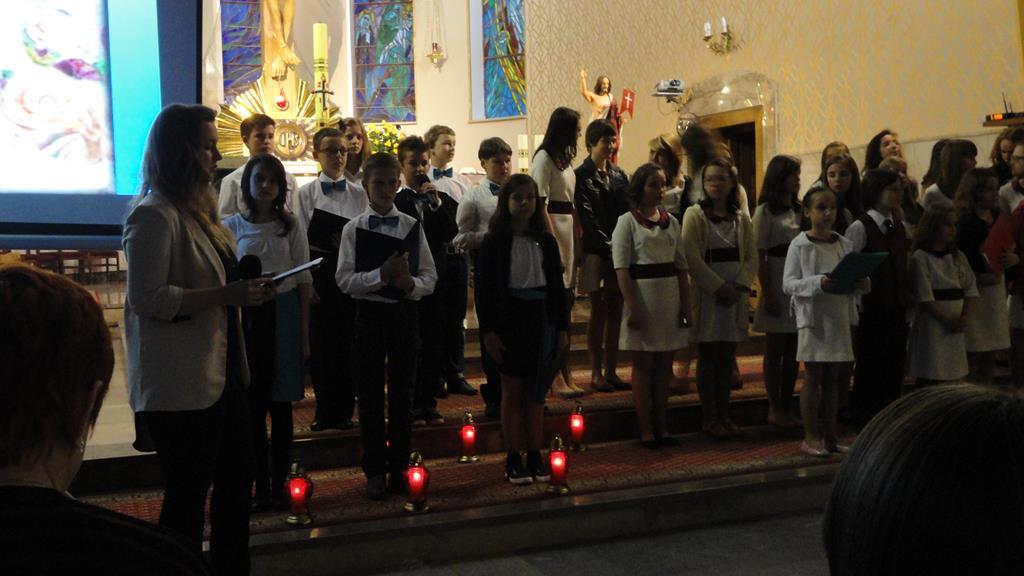 Parafia Najświętszej Maryi Panny Saletyńskiej w Ostrowcu Świętokrzyskim na Piaskach_1