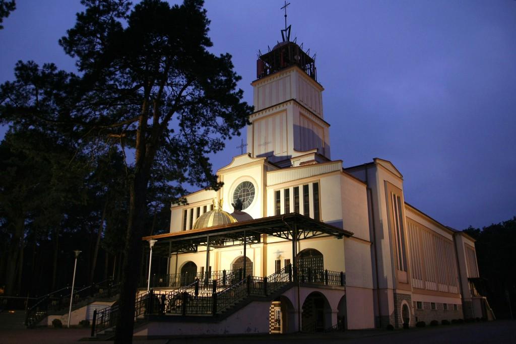Sanktuarium Najświętszej Maryi Panny Saletyńskiej w Ostrowcu Świętokrzyskim na Piaskach