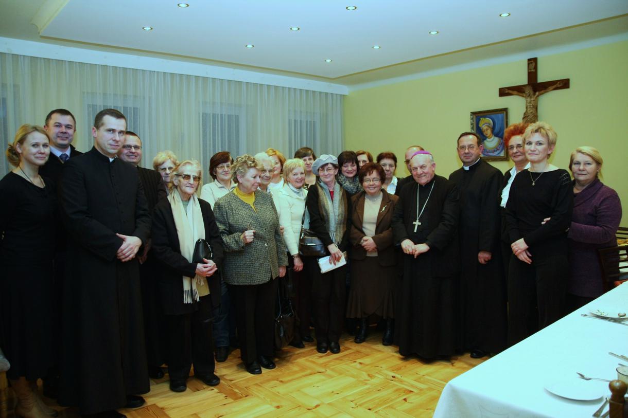 Parafia Piaski Ostrowiec Świętokrzyski 8